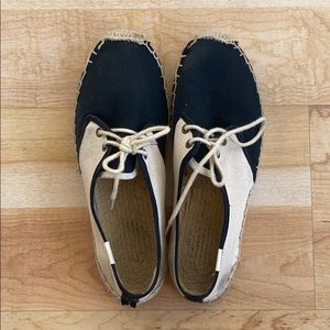 Soludos Lace Up Espadrille Flats in Black/Cream